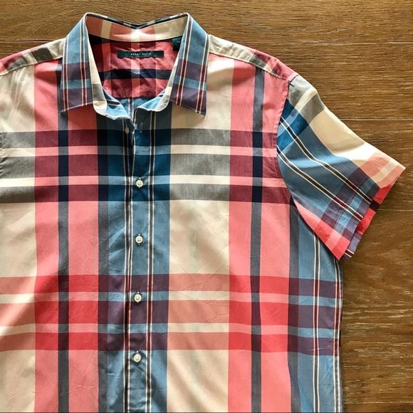 Perry Ellis Mens Short Sleeve Plaid Pattern Shirt